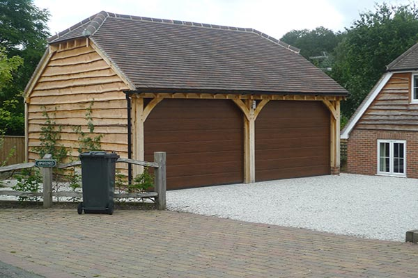 2-bay-oak-garage-half-hipped-roof-rs