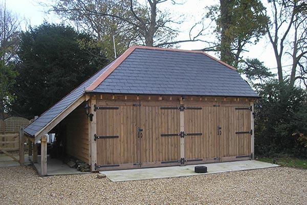 2-bay-oak-garage-side-wood-store