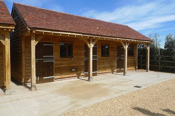 Oak Stable with Three Bays and Storage Area