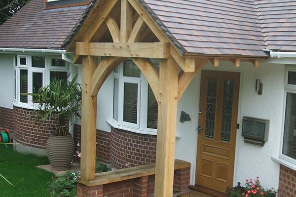 Open Oak Porch with Seat